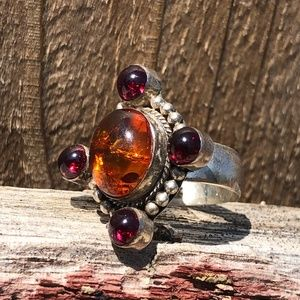 vintage Jewelry - Baltic Amber and Garnet Ring in Sterling Silver